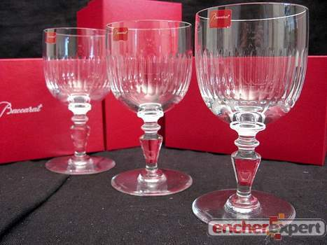 neuf lot de 3 verres a pied en cristal baccarat authenticit garantie visible en boutique. Black Bedroom Furniture Sets. Home Design Ideas