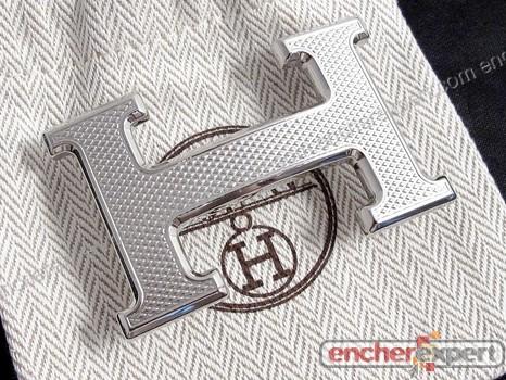 Boucle de ceinture HERMES guillochee h acier - Authenticité garantie -  Visible en boutique 77eee90c200