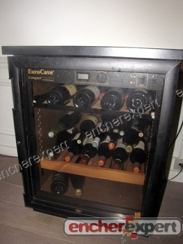 cave a vin eurocave compact vieillitheque armoire authenticit garantie visible en boutique. Black Bedroom Furniture Sets. Home Design Ideas