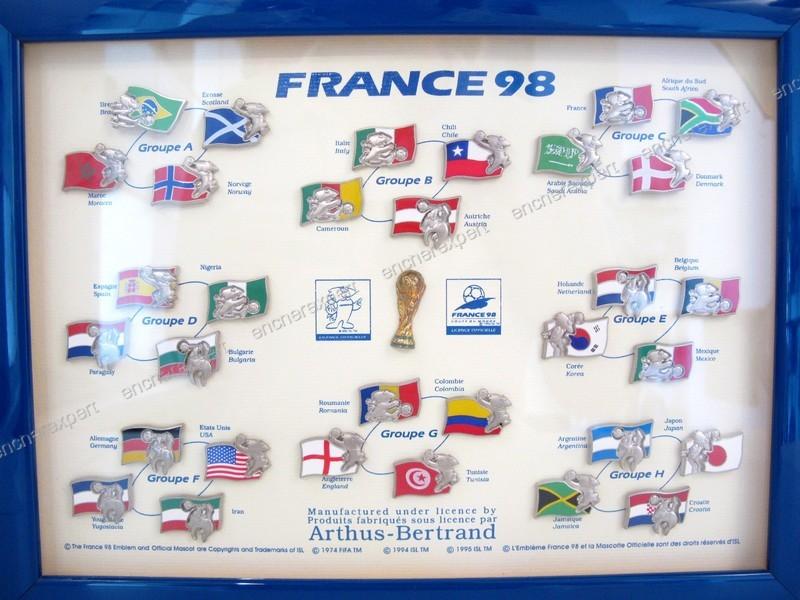 Rare Collection Complete 33 Pin S Coupe Du Monde Authenticite Garantie Visible En Boutique