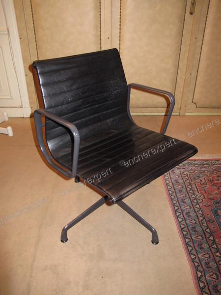 Urgent fauteuil de bureau vitra miller eames cuir for Fauteuil bureau eames vitra