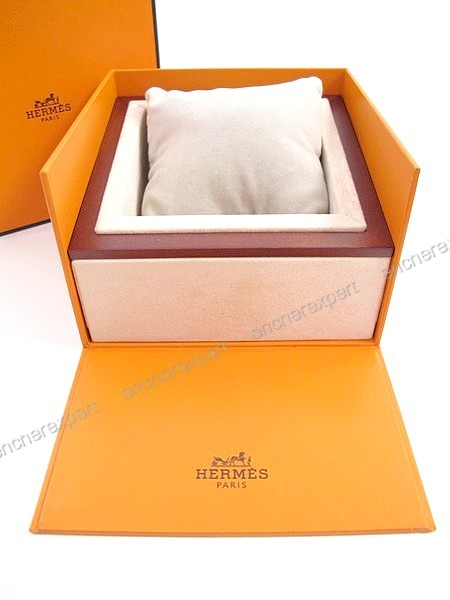 Vintage ancienne boite pour montre HERMES - Authenticité garantie - Visible  en boutique 9c57a3f3542