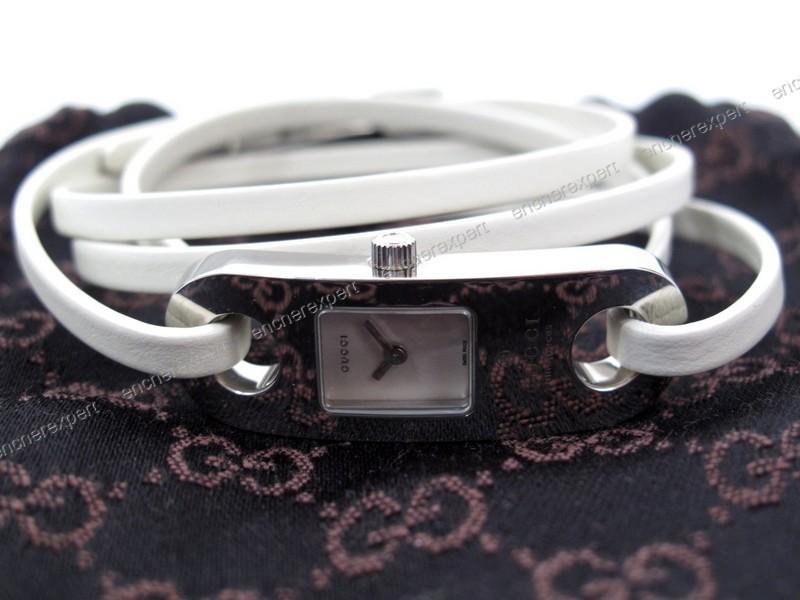 Montre gucci timepieces 6100l femme acier bracelet - Authenticité ... 722df39a338