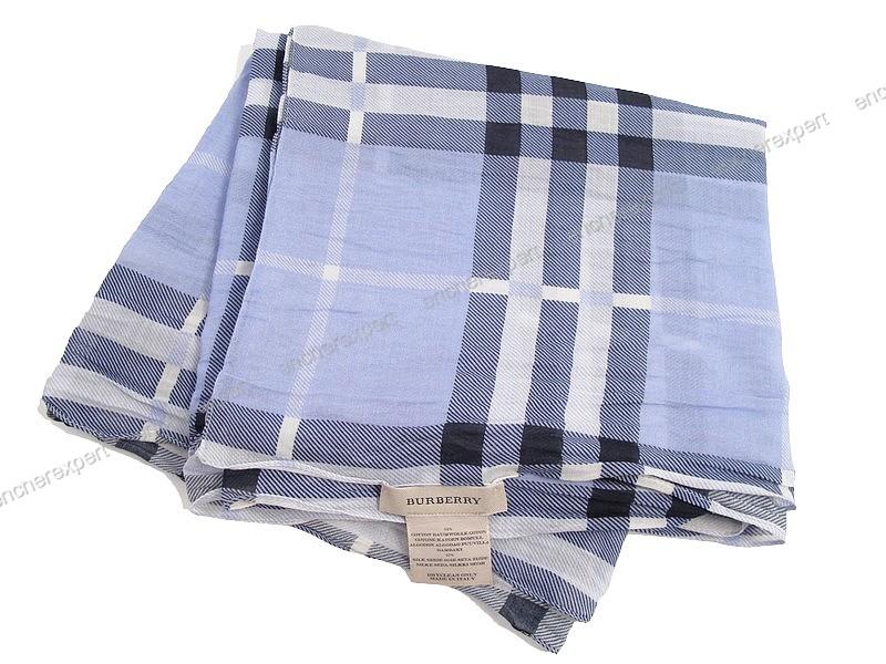 Echarpe burberry foulard tartan check cheche coton - Authenticité garantie  - Visible en boutique b58b023be06