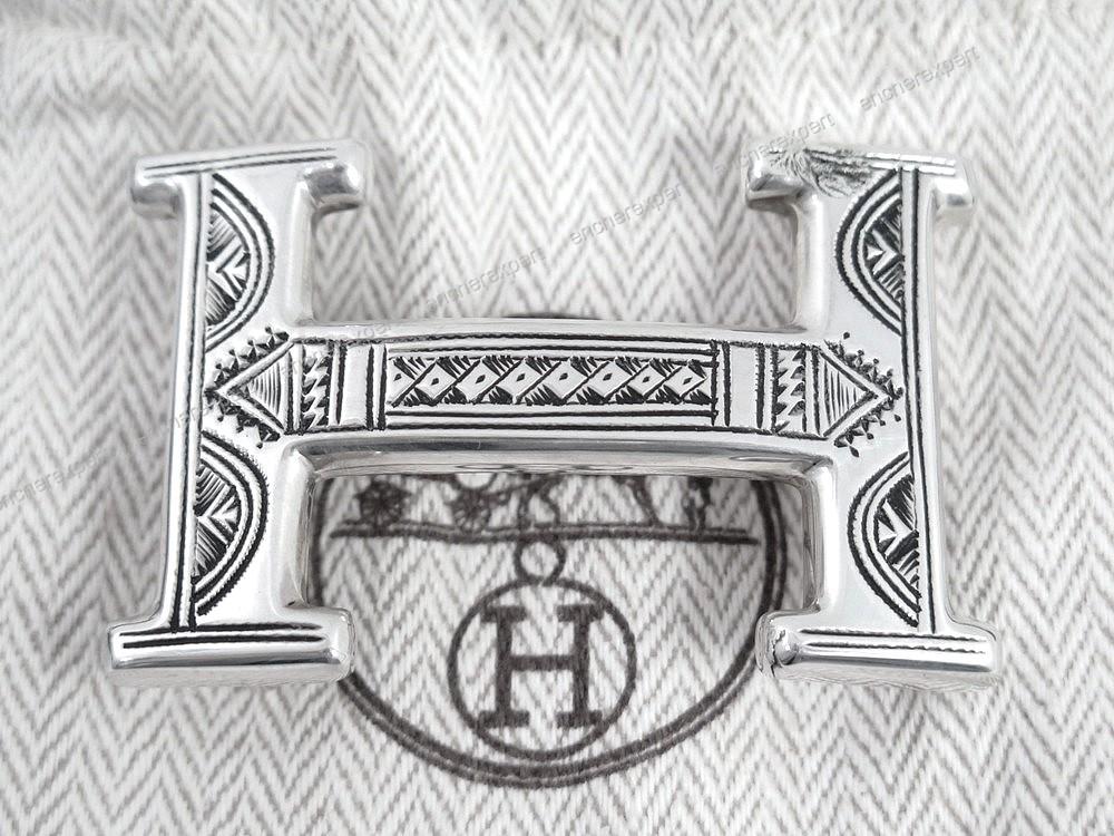 a4b8f13679b9 Boucle de ceinture HERMES touareg h argent massif - Authenticité ...