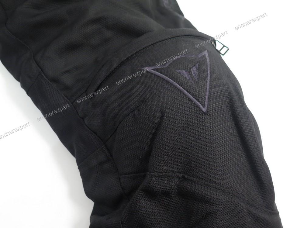 pantalon de moto dainese 46 homme toile noir authenticit garantie visible en boutique. Black Bedroom Furniture Sets. Home Design Ideas