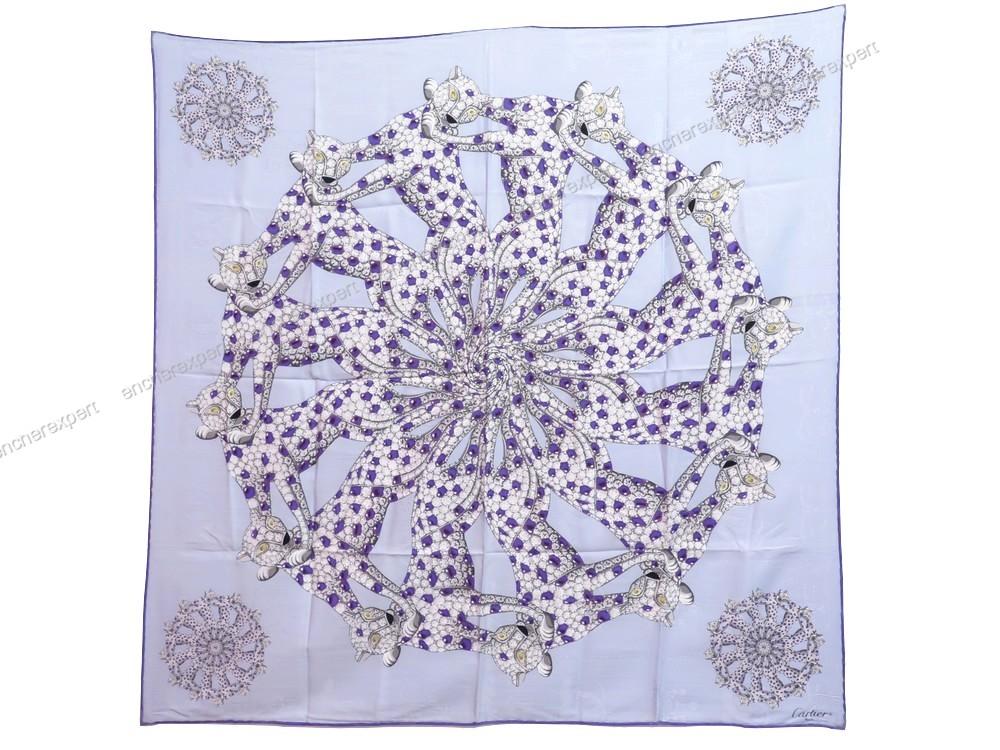 Neuf foulard cartier carre panthere bijoux en soie - Authenticité garantie  - Visible en boutique af79caf1ab3