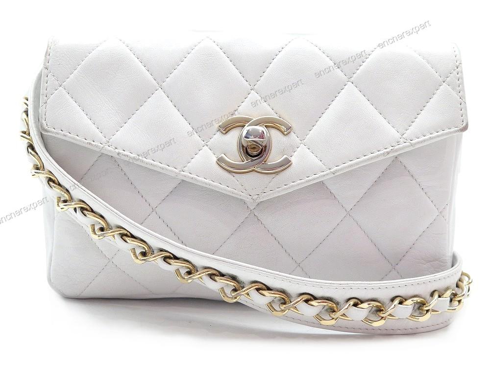 Sac a main ceinture CHANEL pochette banane - Authenticité garantie -  Visible en boutique d2bebbc290f