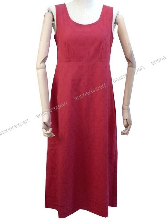 neuf robe evasee longue laura ashley 38 eur 40 fr authenticit garantie visible en boutique. Black Bedroom Furniture Sets. Home Design Ideas
