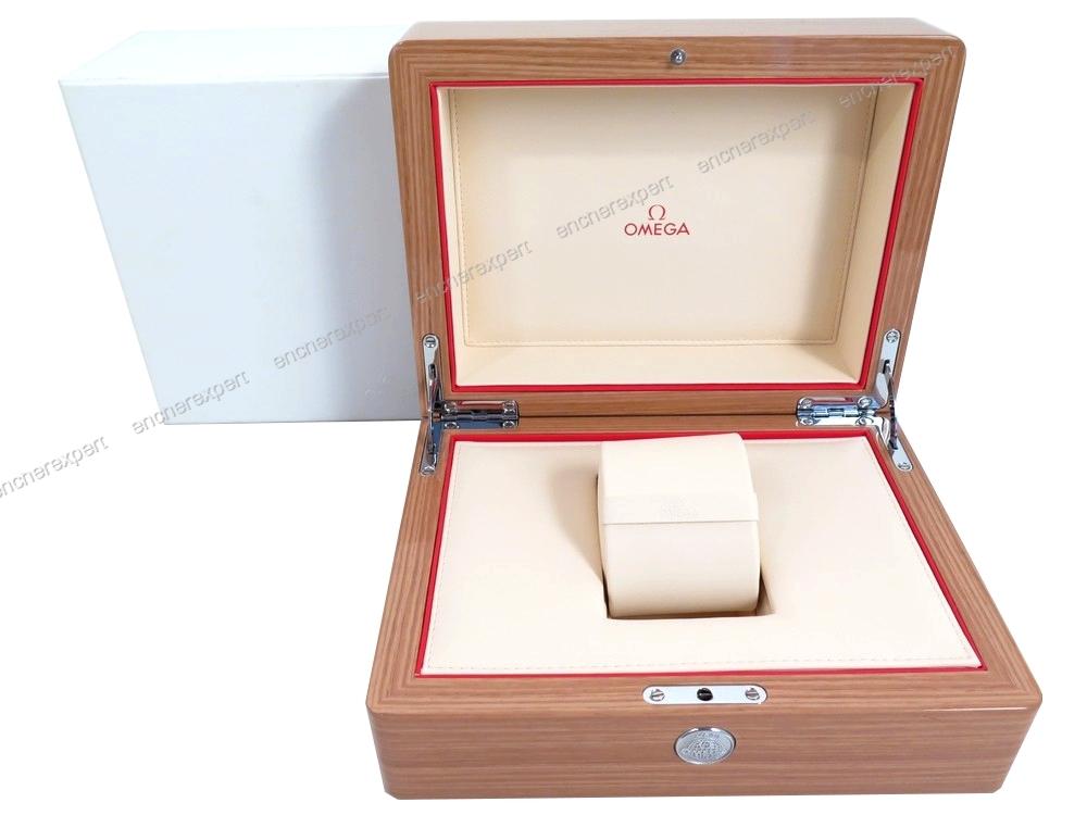 vintage rare boite pour montre omega seamaster. Black Bedroom Furniture Sets. Home Design Ideas