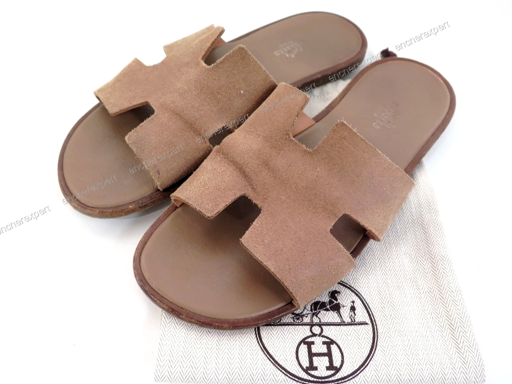 a4ba511d15 Chaussures HERMES oran sandales 42 en daim marron - Authenticité ...