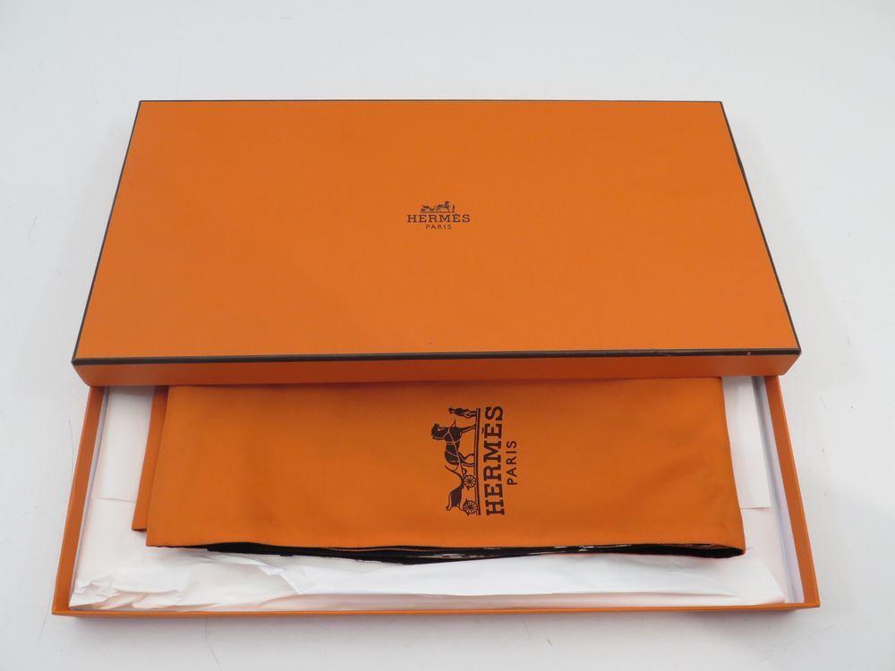 neuf echarpe hermes foulard boite au vol bali authenticit garantie visible en boutique. Black Bedroom Furniture Sets. Home Design Ideas