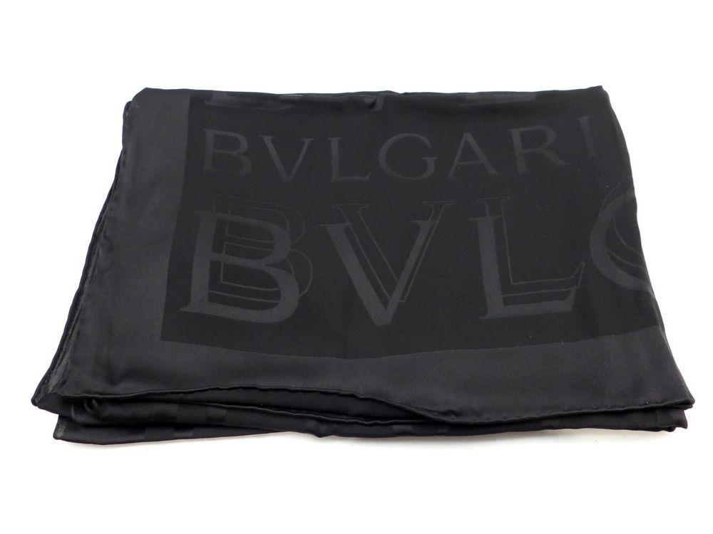 Neuf foulard bulgari bvlgari etole echarpe en soie - Authenticité garantie  - Visible en boutique f15e938b31f