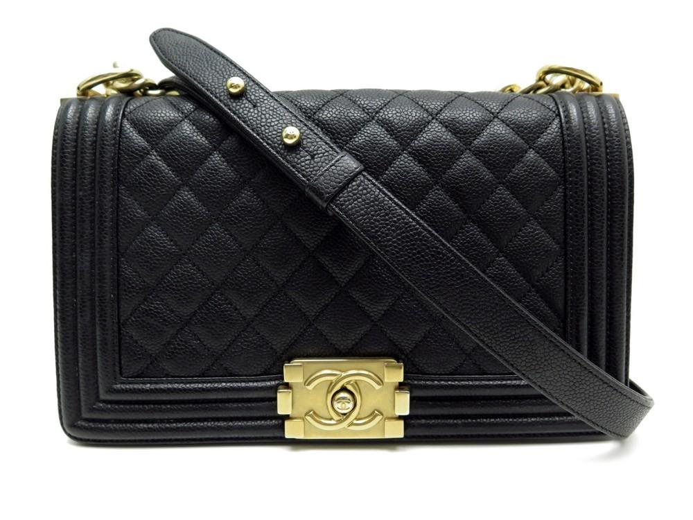 Neuf sac a main CHANEL boy medium en cuir caviar - Authenticité garantie -  Visible en boutique e62e8ae7f01