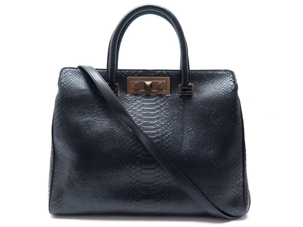 5b6aade770 Dépôt vente de luxe SACS ET MODE, SAC A MAIN. 3 boutiques à Paris.